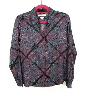 Foxcroft NYC 8P Shaped Button Down Paisley in 100%
